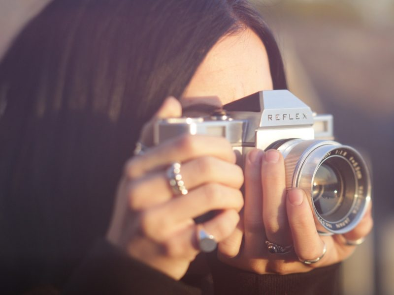Cameras – The Advancements from Analogue to Digital
